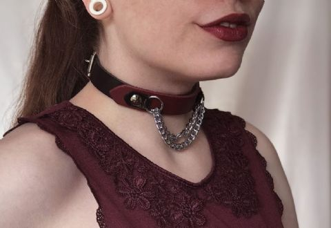 Leather Centre Chain Feature Front Collar